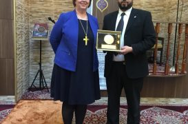 The bishop of Iceland pays a visit to the head mosque in Reykjavik